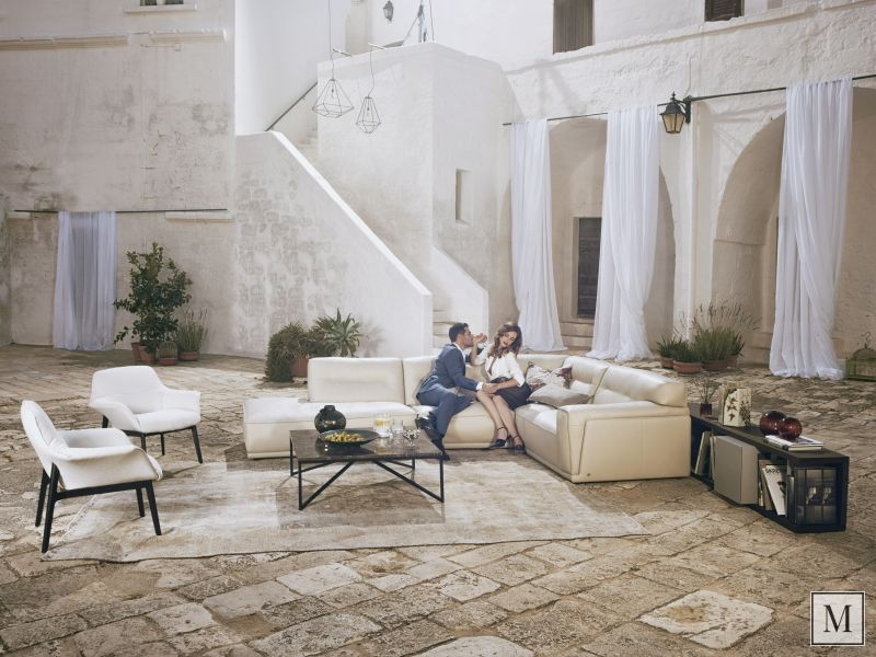 The relaxing effect of a Natuzzi sofa - Roger Mazzeo